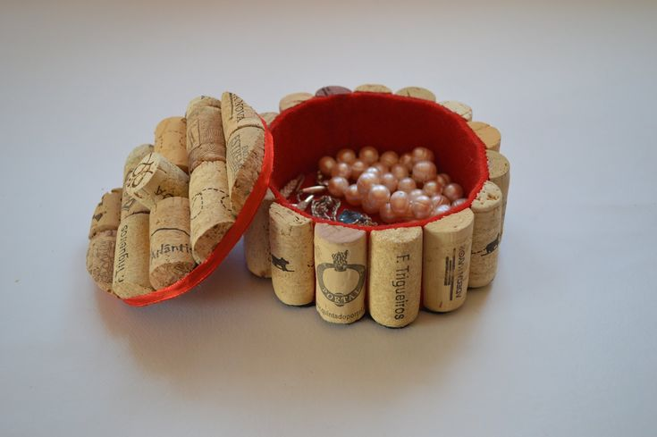 How to make a jewelry box with corks - Como hacer un joyero con tapones ...