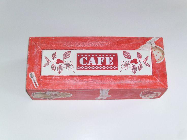 219 best images about d co en serviettage on pinterest for Maison rouge boite de nuit