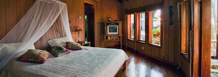 Mariposa del Mar | Roatan villas accommodations Caribbean island pool. Villa vacation weekly rental, Villas Del Mar