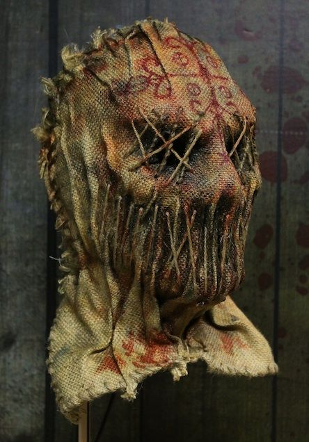 VooDoo/scarecrow prosthetic piece. I like the texture of the piece but I love how the blood and gore has been incorporated into this look which is something that I want to try and create for my final piece.