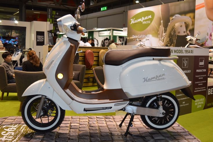 Kumpan Electric introduced its new model, the 1954 Ri with extended connectivity updates, touchscreen and longer...