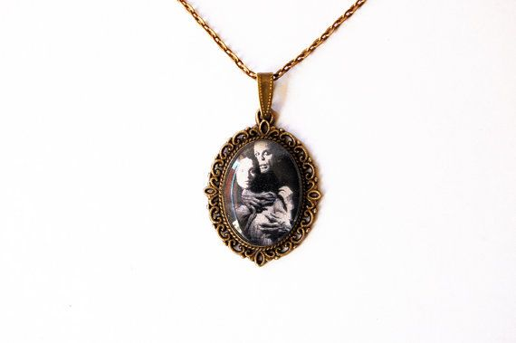 """Nosferatu And Lucy (Klaus Kinski and Isabelle Adjani) From Werner Herzog's """"Nosferatu the Vampyre"""" - Handmade Vintage Cameo Pendant Necklace..."""