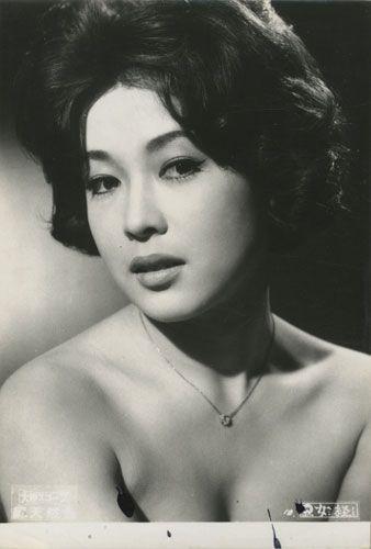 Ayako Wakao / Jokyo (1960)Directors: Kon Ichikawa,Yasuzô Masumura, Writers: Shôfû Muramatsu(novel), Toshio Yasumi Stars: Ayako Wakao, Hiroshi Kawaguchi, Jiro Tamiya