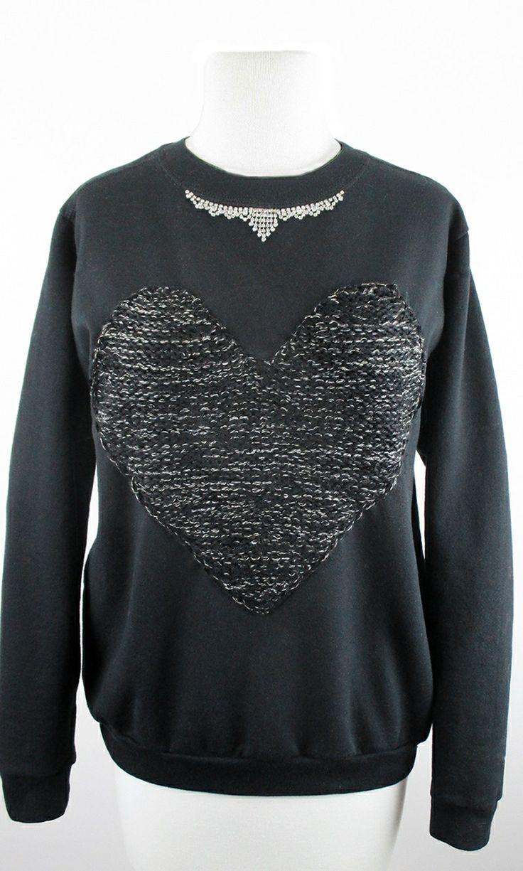Heart-felt sweatshirt #nyfw #cozychic www.jamiekreitman.com