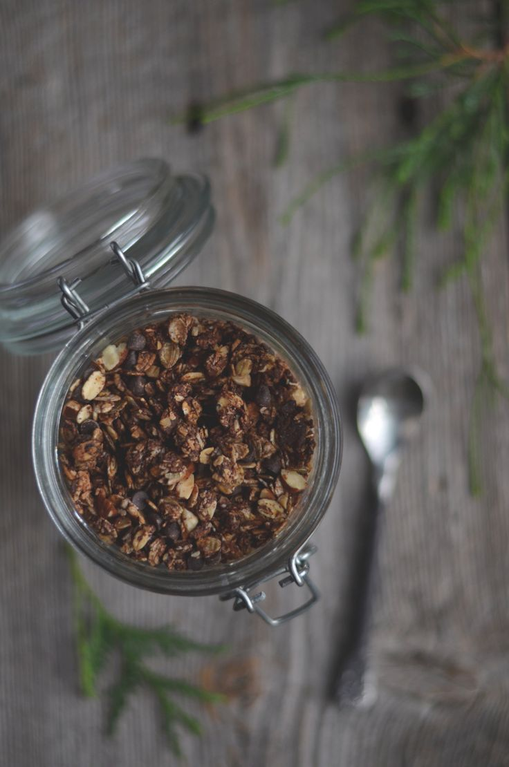Chocolate Almond Granola Homemade granola is so easy, much cheaper than store bought and can be made just as you like it. This one is packed with almonds, coconut and dark chocolate chips, sweetened with maple syrup and ha…