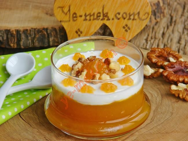 Krem Şantili Tatlı Bal Kabağı Püresi Resimli Tarifi - Yemek Tarifleri