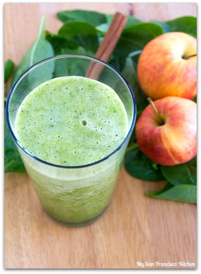 SPICED APPLE GREEN SMOOTHIE: apple, cinnamon, coconut water, spinach ...