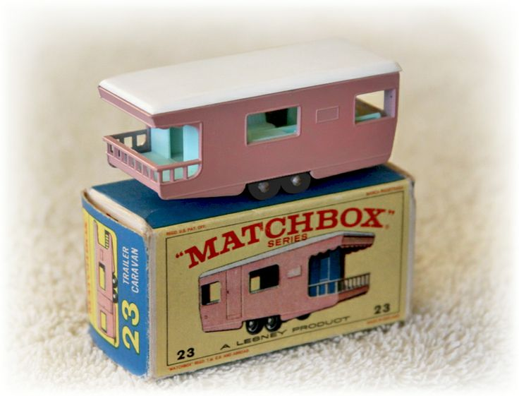 MATCHBOX_Caravan Trailer