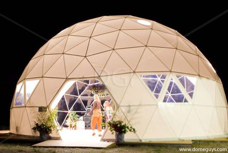 les 1805 meilleures images du tableau geodesic dome sur pinterest d me g od sique maison. Black Bedroom Furniture Sets. Home Design Ideas