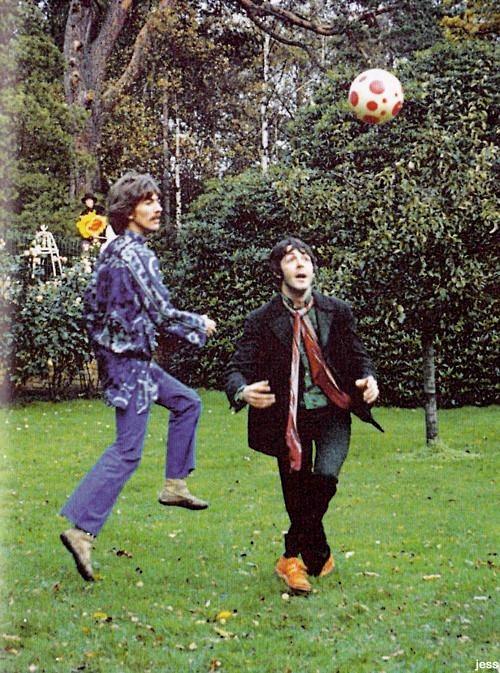 A Beatles és a futball
