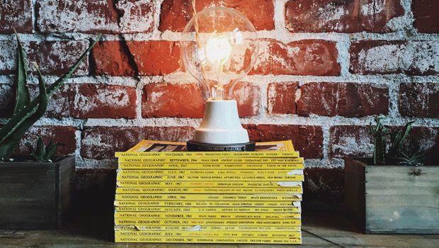 Led-valaisimet ovat kasvattaneet suosiotaan kotien valaistuksessa. Led-valo onkin kokonaisvaltaisesti edullisin vaihtoehto, kun kustannuksia tarkastellaan sen koko elinkaaren aikana.