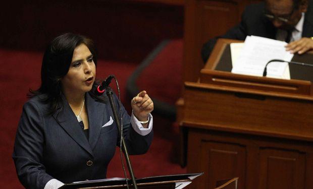 20.08.14: Primera ministra de Perú asegura que frontera con Chile 'quedó delimitada de manera definitiva' | Política | LA TERCERA