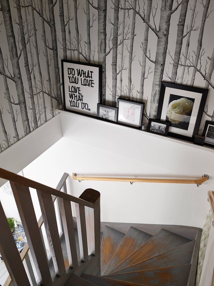 Woods wallpaper in staircase