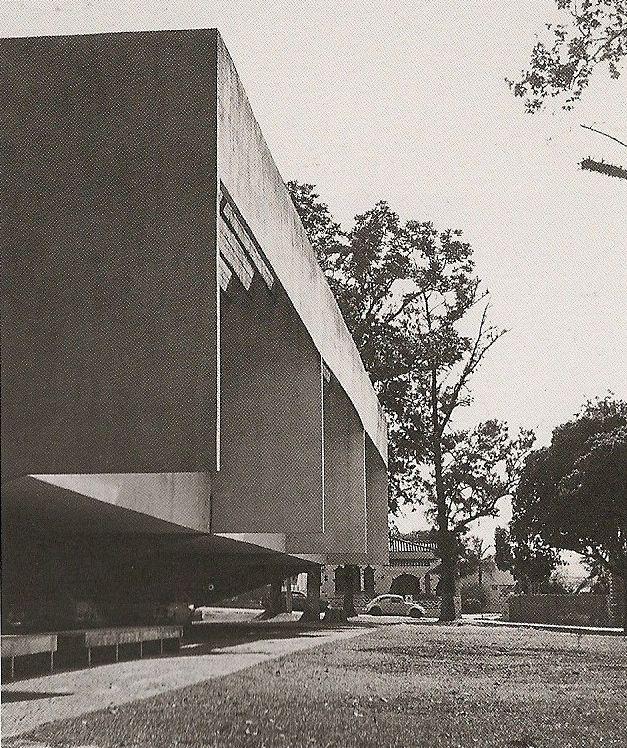 Forum de Avaré, Paulo Mendes da Rocha