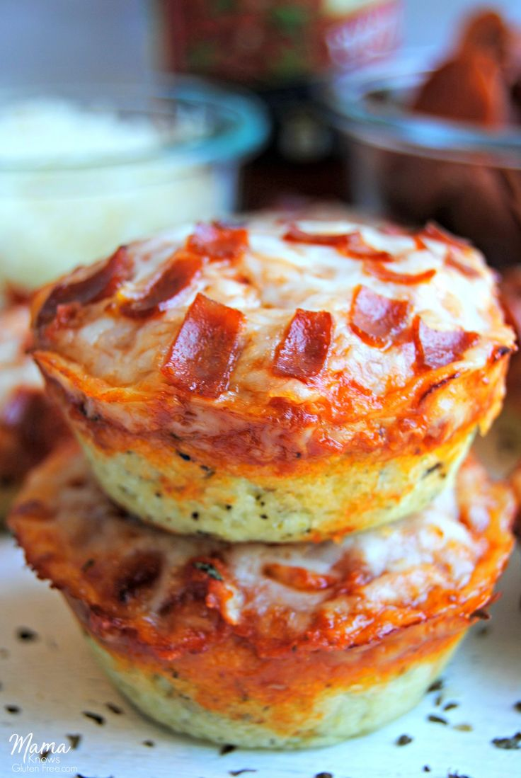 Gluten-free deep dish pizza bites are super easy to make. Perfect for lunch, a quick and easy dinner, as a snack or an appetizer.