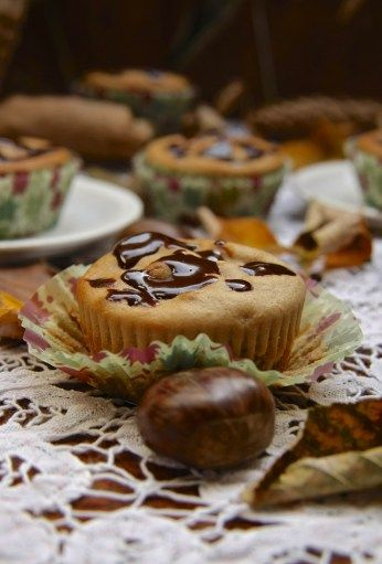 Muffins de castaña con corazón de chocolate