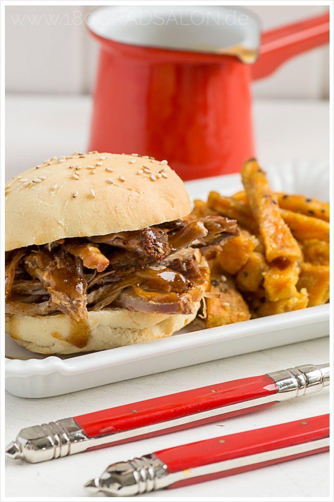 Rezept Pulled Pork Süsskartoffel Pommes aus dem Backofen Burger Buns und Krautsalat aus dem Thermomix