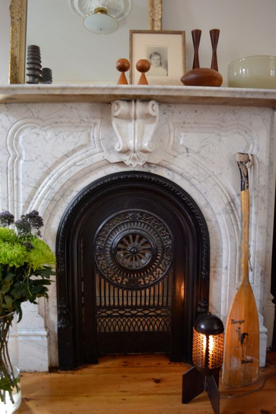 mantle lurv: Marbles Fireplaces, Fireplaces Envy, Fireplaces Grateful, Fireplaces Insert, Apartment Therapy, Fireplaces Doors, Gas Fireplaces, Modern Houses, Fire Places