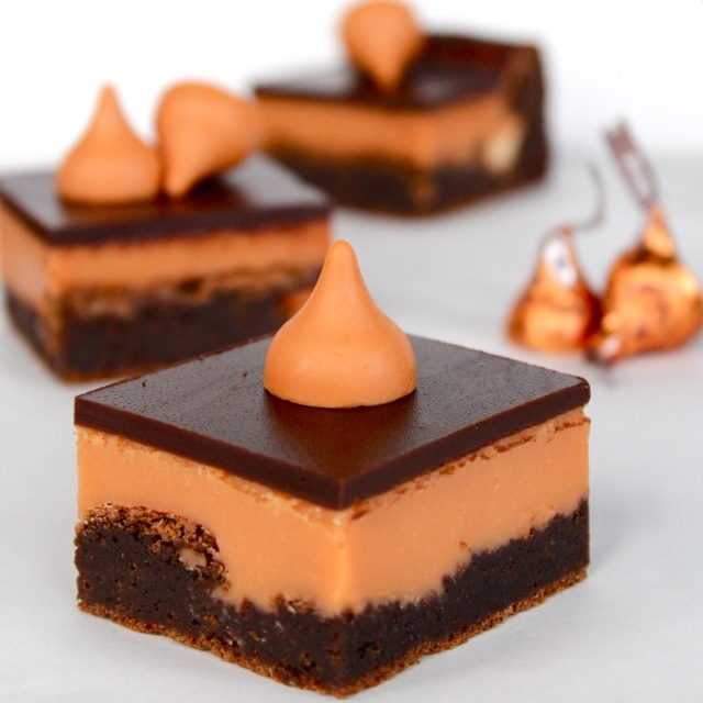 pumpkin kiss brownies
