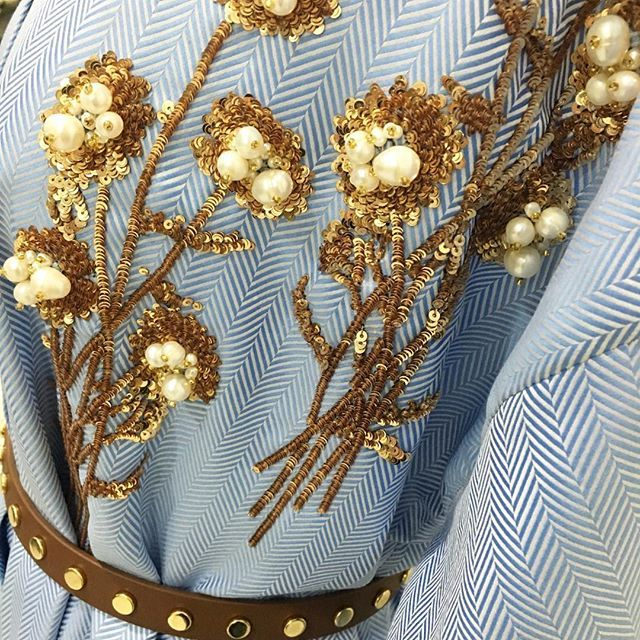 #SummerLove - Beautiful Italian cotton silk tunics in shades of blue and crisp white are in store today. Each tunic has a delicate bunch of gold glistening flowers. #MuseLuxeLove #MuseLuxeStyle