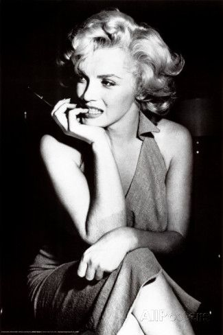 Image from http://imgc.allpostersimages.com/images/P-473-488-90/6/672/OJWC000Z/posters/marilyn-monroe.jpg.