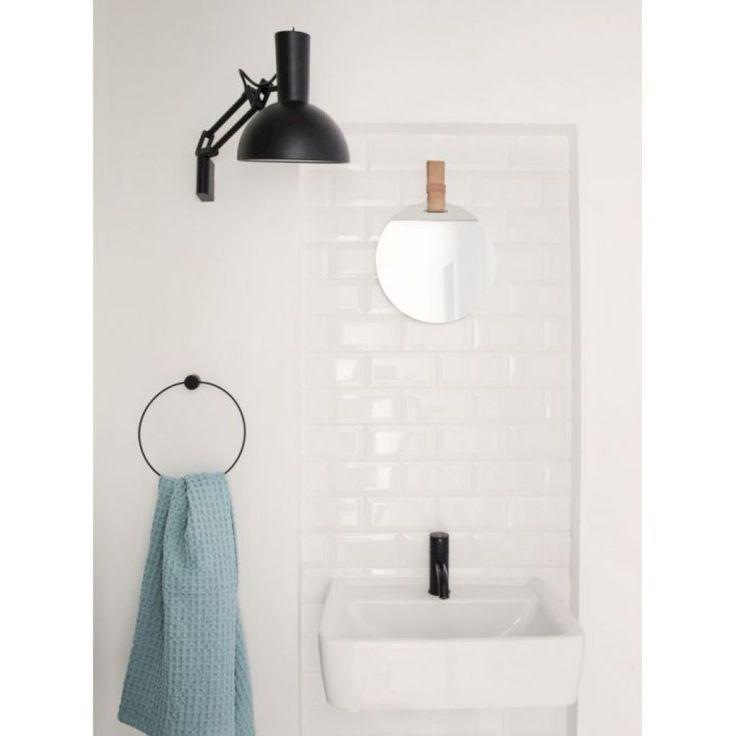Adorable 68 Scandinavian Bathroom Design and Decor Ideas https://homeylife.com/68-scandinavian-bathroom-design-decor-ideas/