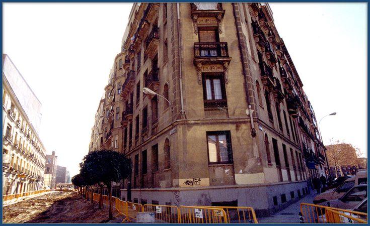 Restauración de fachada. Escayolistas Madrid. Decoraciones García.
