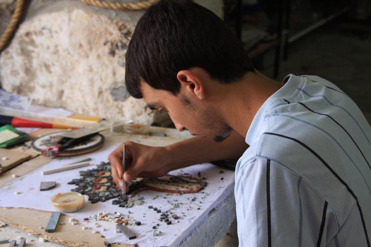 Madaba é uma pequena cidade a apenas 32 km de Amã, a capital da Jordânia. E uma cidade calma e que pode servir de base de exploração da área circundante.