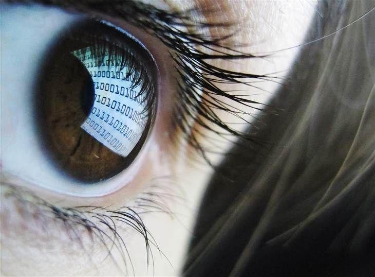 Read it and blink: 70 percent of adults report 'digital eye strain' - NBC News.com