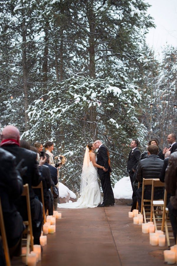 Engaged? 6 Reasons to Consider a Winter Wedding
