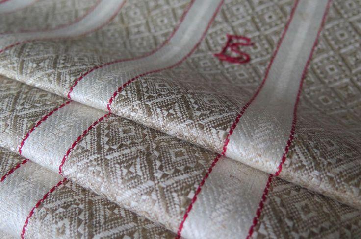 """Antique Traumhaft Leinen Ziertuch Küchentuch"""" Streifen + Karo Muster rot beige weiß"""" Art Deko """" Original Germany! Tischläufer Badetuch"""" von Linenandtextiles auf Etsy"""