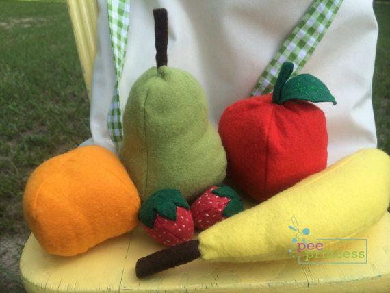 Fühlte sich Obst essen spielen Essen mit von PeeWeePrincess auf Etsy