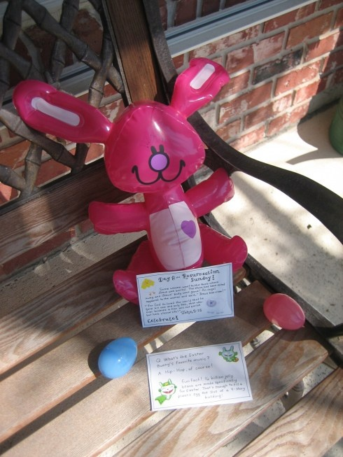 The Easter Bunny shares the story of Christ and a few treats too!  Cute ideas.
