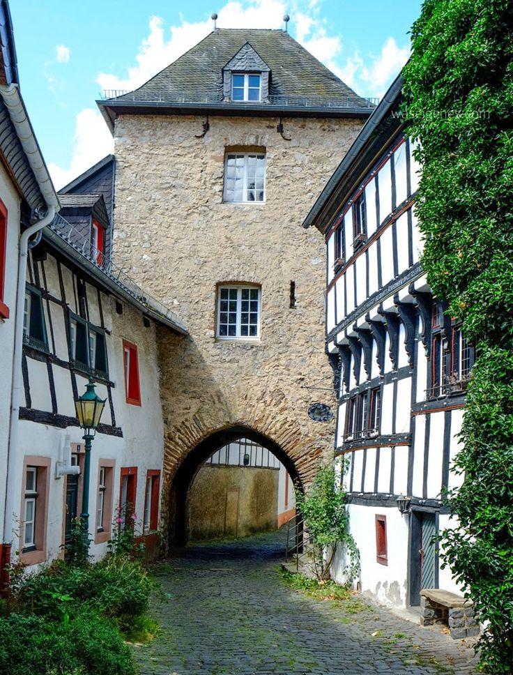 Blankenheim   Eifel - Kreis Euskirchen   Ahrquelle   waseigenes.com