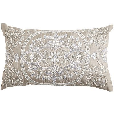 Here's our winter daydream: We take a beautifully detailed medallion design and cover it in sparkly white snow that would never melt or turn into slush. Brilliant, right? Kind of like this pillow—proof that life can be better than daydreams. Your sofa, chair and bed agree.
