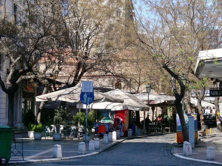 Cafe at Louloudadika in the center of THESSALONIKI