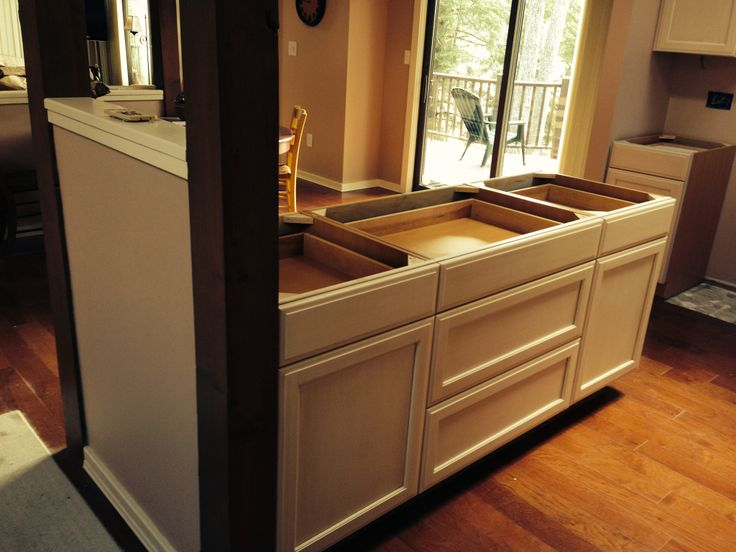 Brookhaven freemont cabinets going into small but loved vt for Kitchen cabinets vermont