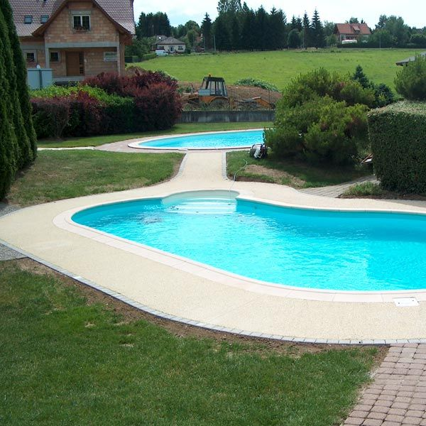 12 best images about pourtour piscine on pinterest pools for Piscine 4 x 8