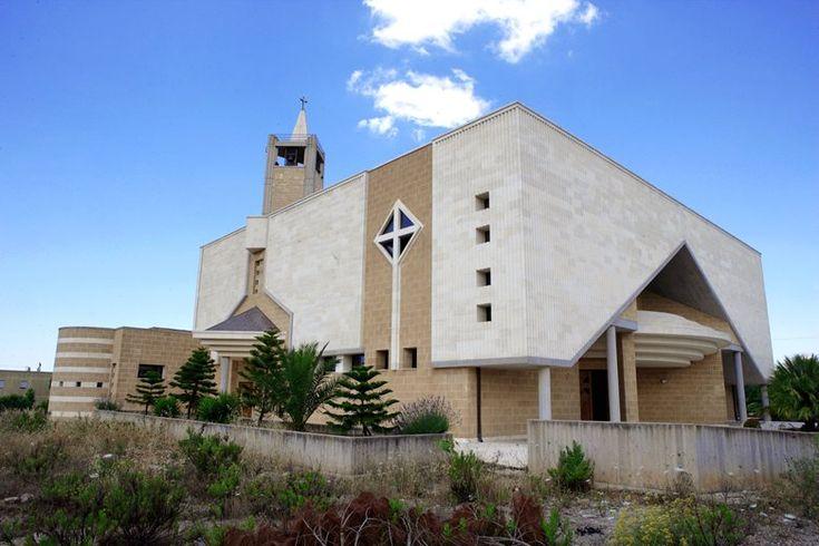 """Chiesa """"Cuore Immacolato di Maria"""", Casarano, 1997 - Studio Ozza"""