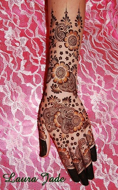 Mehndi - not a huge fan of the design itself, but like the idea of completely dyed fingertips