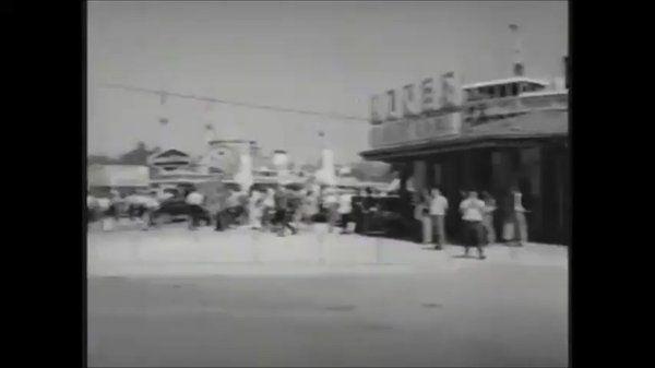 """Caner Cangül on Twitter: """"46. sıradaki Yeşilçam filmimiz: Nejat Saydam'ın Boğaziçi Şarkısı (1966) filminde dönemin İstanbulu. https://t.co/EBzupFm6ku"""""""