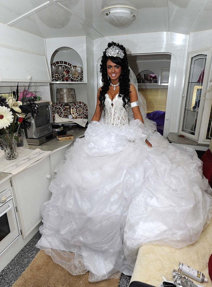 Ball Gown: A Collection Of Beautiful Big Fat Gypsy Wedding Dresses, Beautiful Lace Sweatheart Big Fat Gypsy Wedding Dress Inspiration