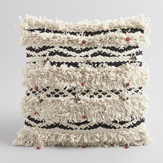 Simba Pure Cotton Beaded Cushion Cover AM.PM. : price, reviews and rating, delivery. Ethnic-style cushion cover with motif. For a boho touch to your decor. Tufting and wooden beads. Size: 40 x 40 cm. 100% cotton.