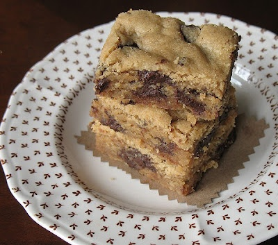 surprise bars peppermint patty surprise chocolate chunk cookie bars ...