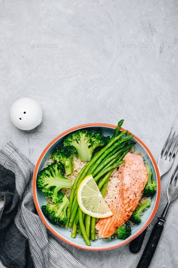 Healthy Lunch Bowl Salmon And Broccoli With Asparagus And Rice Lunch Recipes Healthy Healthy Lunch Health Dinner Recipes