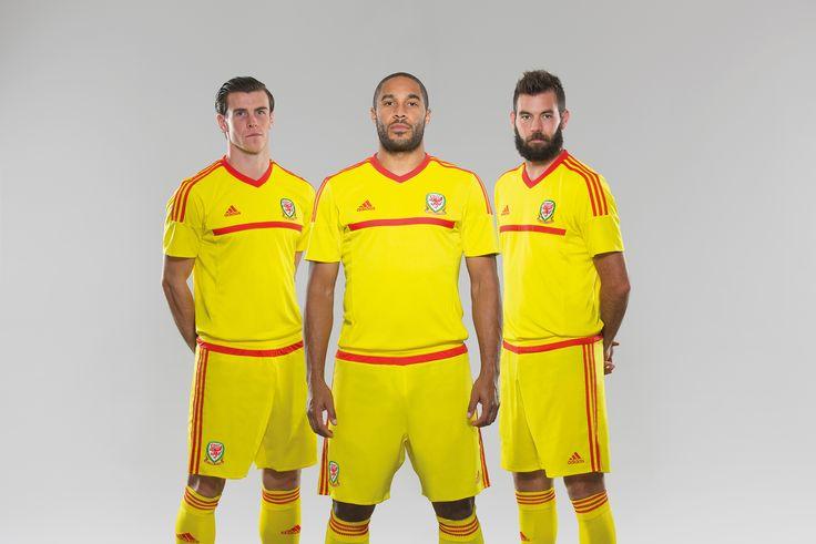 The new Wales away kits are pretty slick. #Wales #soccer #kit #uniform #jersey