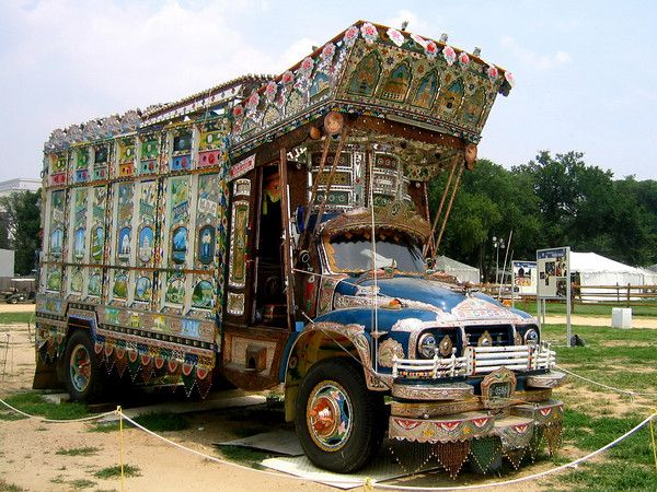 Pakistani Bedford Truck, Smithsonian   Totally Wowed   Bedford truck
