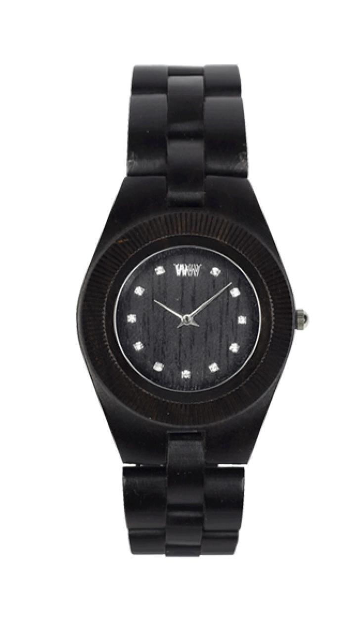 Exkluzivní hodinky WeWood určené pro ženy.  Nádherná barva hebké srsti černého pantera a ženský design udělají z nositelky WeWood ODYSSEY Black šelmu noci, ale i dne. Mosambický eben, z něhož jsou hodinky vyrobeny, je jako diamant mezi dřevinami – velice tvrdý a odolný, přesto však vyžaduje jemné zpracování.
