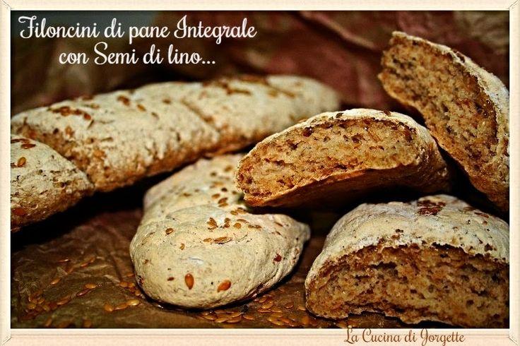 la cucina di jorgette: Filoncini di Pane Integrale con Semi di Sesamo.......