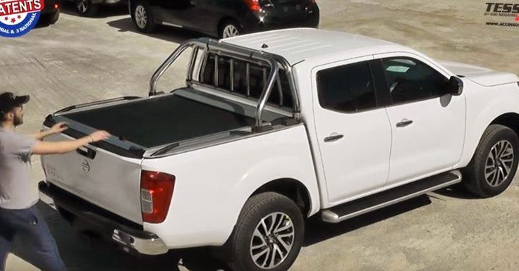 #4x4accessories1 #Nissan #NP300 #2016+ #double #cab #aluminum #roller #lid #shutter (SOT-ROLL #series) by #Tessera4x4 #accessories. Only at https://youtu.be/lsa4XSY8VAM